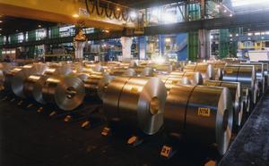 La caída de pedidos lleva a Arcelor a hacer paros en la línea de hojalata por tercera vez este año
