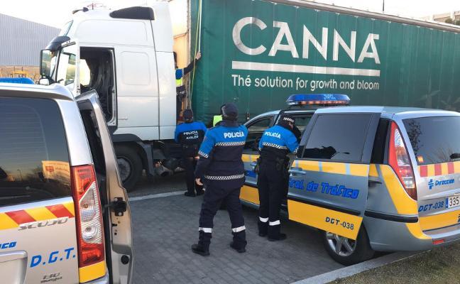 La Policía Local de Avilés se forma en transporte de mercancías en Valladolid