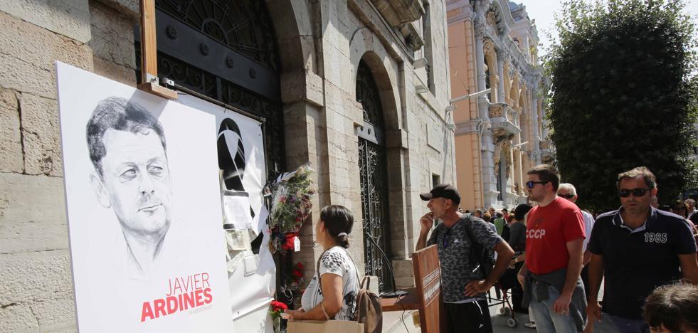 Cronología del asesinato del concejal de IU de Llanes, Javier Ardines
