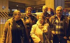 Vecinos de La Camocha llevan al Parlamento Europeo sus protestas por los desahucios