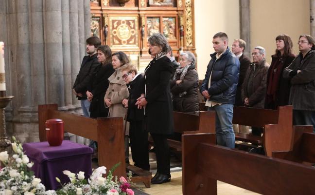 Santo Tomás despide a Gloria Fernández