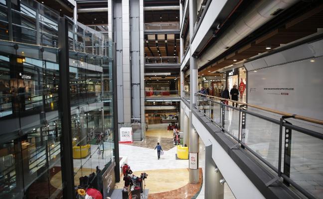 Urbanismo tramita la retirada de la licencia para reformar el centro comercial Los Fresnos de Gijón