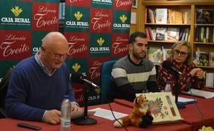 El escritor Ángel Fuentes presenta 'Viajando al olvido', una historia «fantástica»
