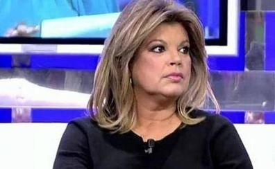 Las redes, contra Terelu Campos: «La vida te da una segunda oportunidad y tú la pasas fumando»