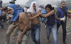Caos y represión con la llegada de ayuda humanitaria a Venezuela