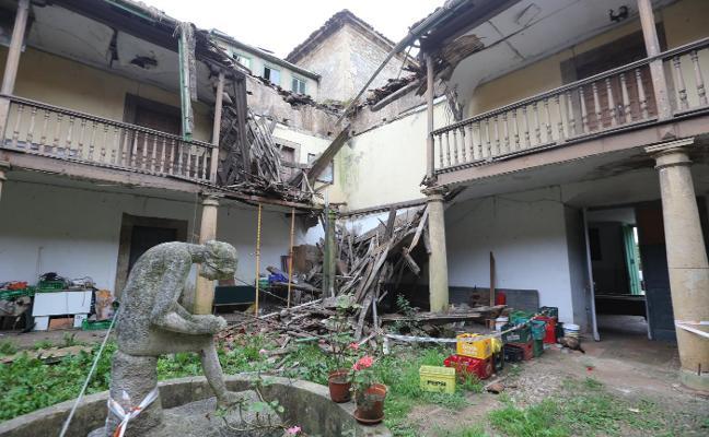 Los dueños del Palacio de Trasona rehabilitarán la cubierta del edificio