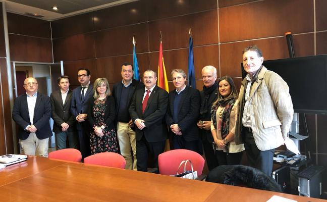 Comercio de Oviedo pide al Principado ayudas para fomentar la contratación