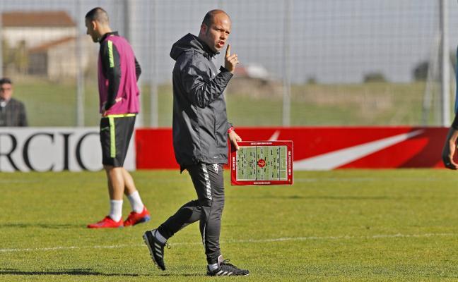 Sporting | José Alberto: «Pensar en el 'play off' es una chorrada»