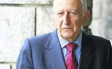 El Gobierno condecora a título póstumo al jurista gijonés Gil Carlos Rodríguez Iglesias