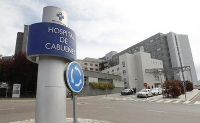 Cabueñes amplía un mes más los 29 contratos de refuerzo por la saturación del hospital