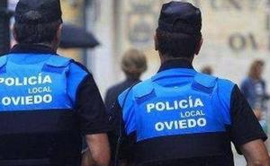 Detenida una mujer ebria tras chocar contra una moto en Oviedo