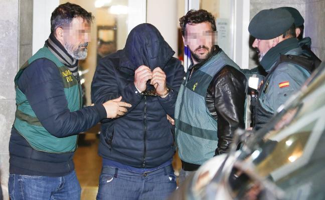 Pedro Nieva, el inductor del crimen del concejal de Llanes Javier Ardines, quería controlar a su mujer mediante una pulsera