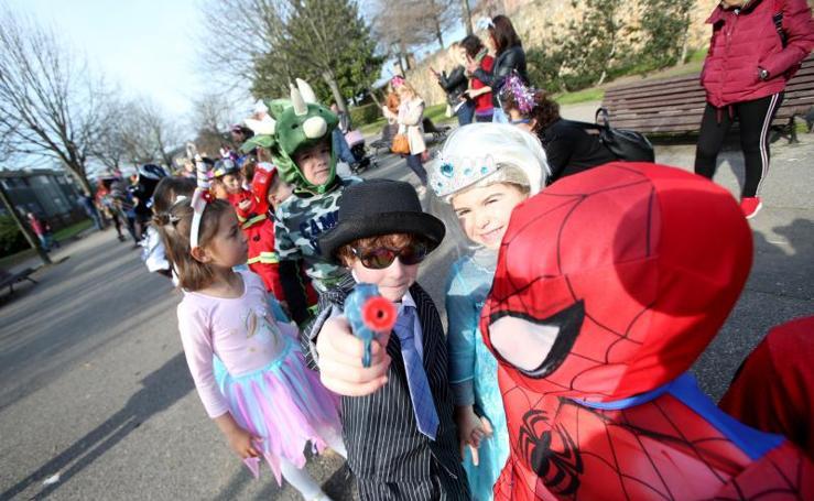 Carnaval en Oviedo: Los colegios abren el Antroxu