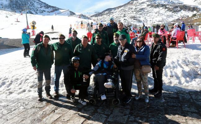 Los esquiadores piden un reglamento de uso de pistas y multas al temerario