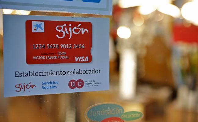 Comerciantes, Xixón Sí Puede e IU se oponen al final de la renta social municipal