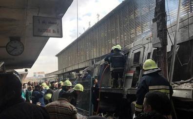 Detenidas seis personas, entre ellas el conductor, por el siniestro del tren en El Cairo