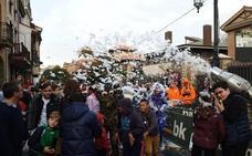 La espuma llenó por Galiana en la cita más multitudinaria del carnaval de Avilés
