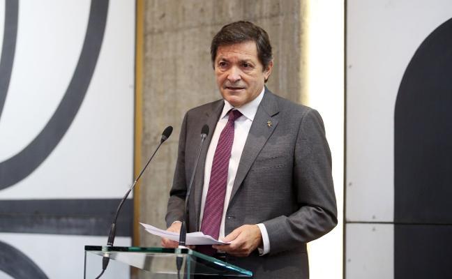 Javier Fernández será intervenido por un desprendimiento de retina