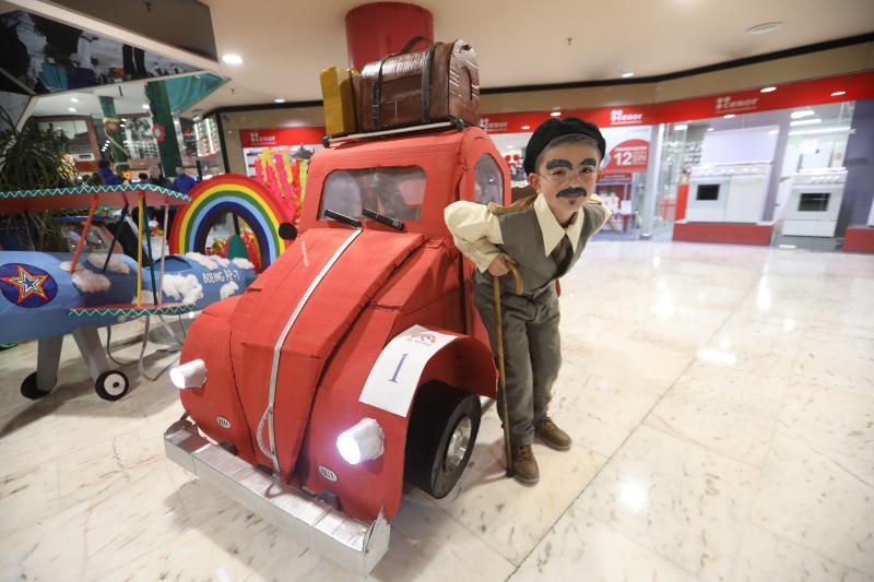 Viaje a los años 60, los jubilados de Versalles y Súper Mario Kart, ganadores en El Atrio