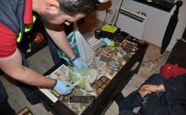 La Policía Nacional intensifica la vigilancia de los focos de venta de droga al menudeo