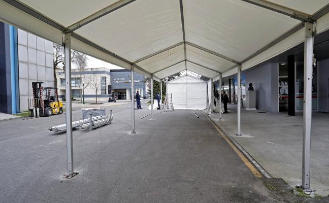 El recinto ferial de Gijón pone en marcha la logística para la gran oposición sanitaria del domingo