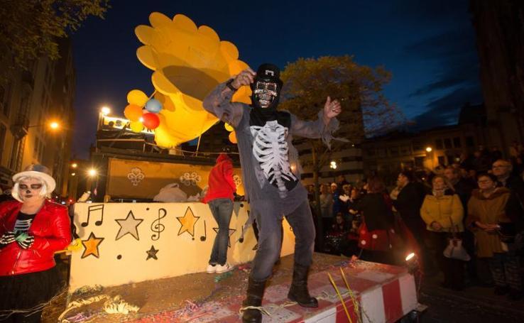Carnaval en Avilés: el desfile de Antroxu da la vuelta al mundo