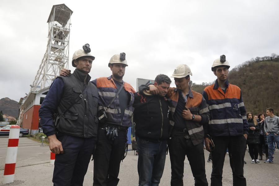 Los mineros del Pozo Santiago ponen fin a su encierro