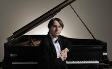 Trifonov, al piano en Oviedo