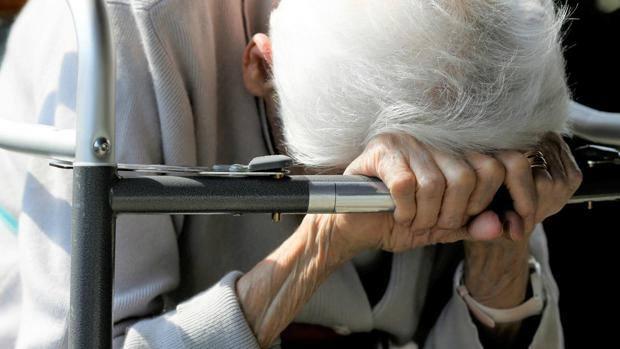 Descubren en Cádiz una 'casa de los horrores' en la que robaban a ancianos y los dejaban morir