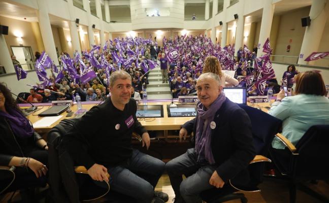 Los sindicatos exigen una reforma laboral para acabar con la brecha
