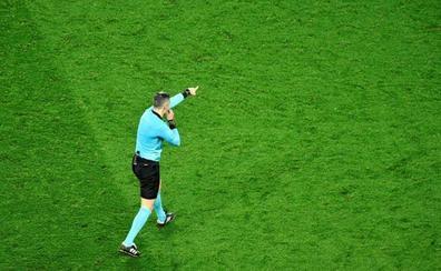 Los árbitros pitarán con un silbato violeta
