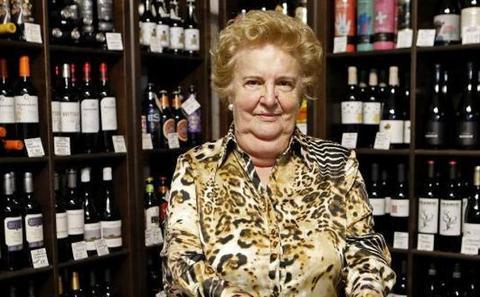 «Aún vendemos algo de vino a granel, es una costumbre»