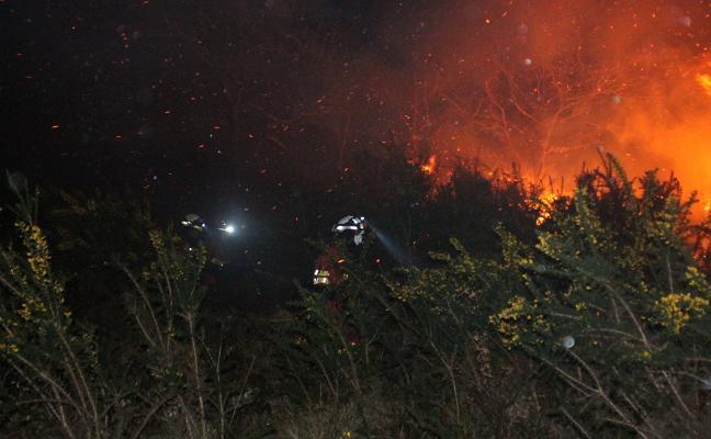 El Principado defiende su política forestal a pesar de la última oleada de incendios