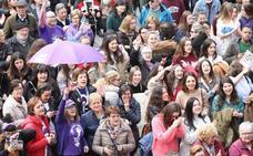 Día Internacional de la Mujer | «Seguiremos trabajando hasta que consigamos el mundo que queremos», sentencian en Avilés