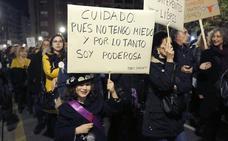 Día Internacional de la Mujer | Imágenes de una marcha histórica para el feminismo asturiano