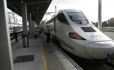 Un maquinista del Alvia, obligado a dejar el tren a mitad de viaje por seguridad