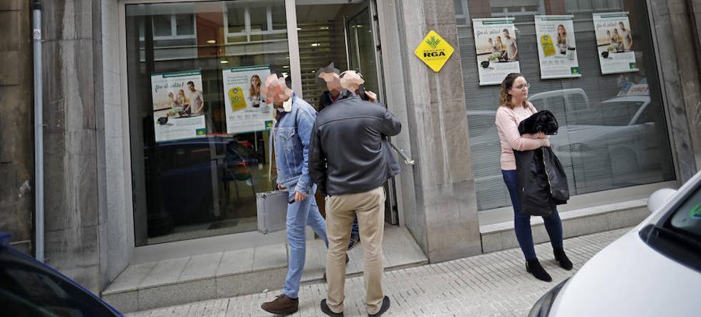 Atraco en una sucursal bancaria en pleno centro de Gijón