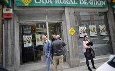 La Policía busca al sexagenario del atraco a Caja Rural de Gijón