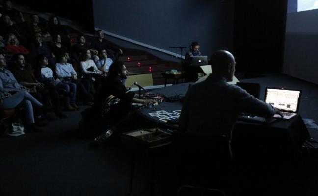 'Blade Runner' estrena una banda sonora del futuro