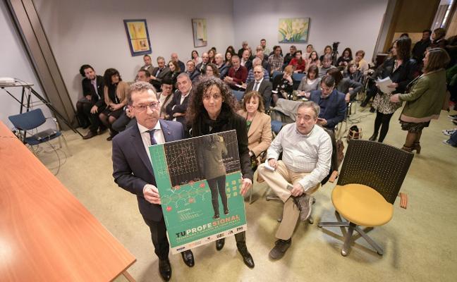 «El apoyo a los docentes resulta siempre imprescindible», afirma Genaro Alonso