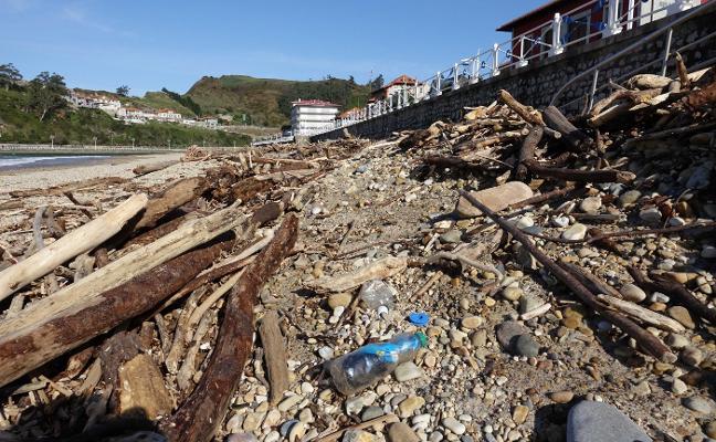 Greenpeace recogerá los plásticos de Santa Marina