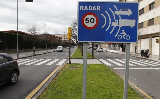 El nuevo decreto de la DGT permitirá ir a 50 en solo medio centenar de calles