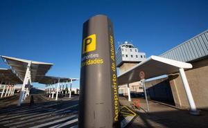 El aeropuerto de Asturias sufre la mayor caída del norte al perder sus rutas internacionales