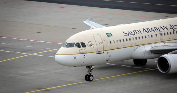 Un avión regresa al aeropuerto porque una pasajera dejó olvidado a su bebé