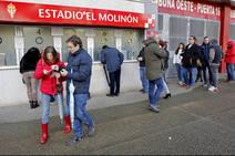 Colas para las entradas del derby Sporting-Real Oviedo