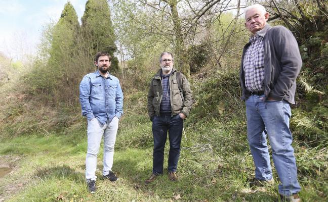 Una plataforma cívica inicia una colecta para señalizar las fosas comunes de Siero