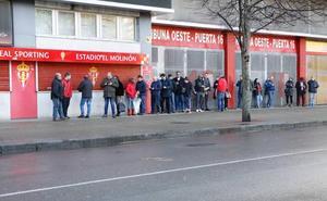 Largas colas para las entradas del derbi Sporting -Real Oviedo