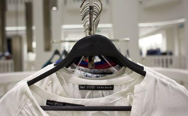 Lo último de Zara: bordar mensajes personalizados en la ropa, con excepciones