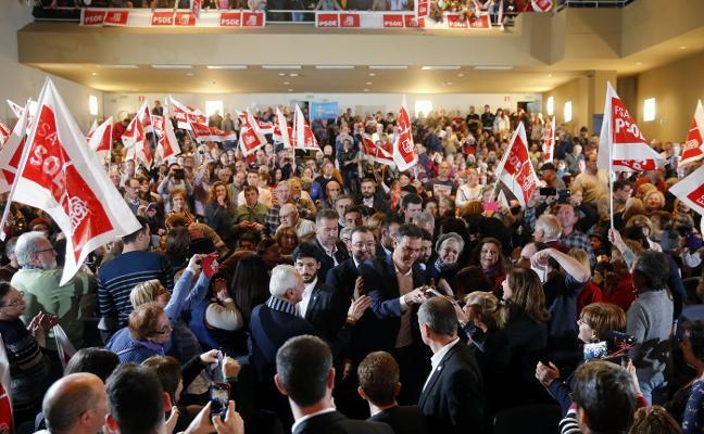 Sánchez compromete «amparo y abrigo» a Asturias ante la transición energética