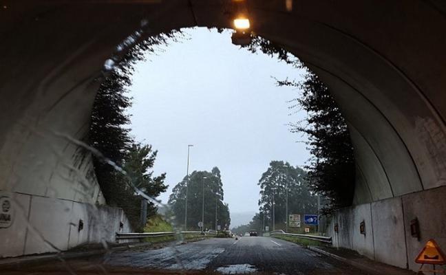 Avanzan a buen ritmo las obras en el túnel de Noval, en Candás